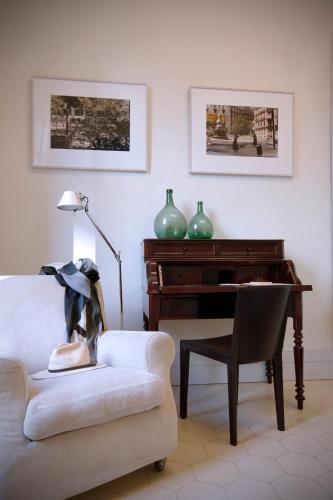Two-Bedroom Suite with Balcony Ca La Maria Boutique B&B 14