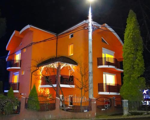 Casa Iulian - Hotel - Cavnic