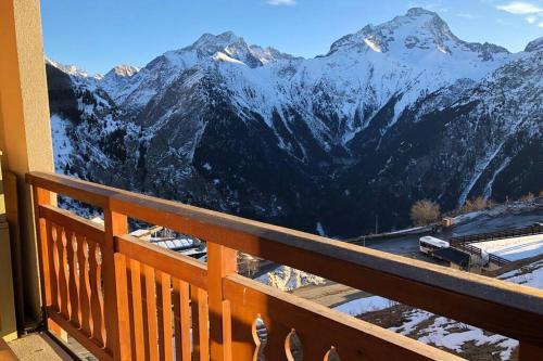 Vue magnifique et balcon orienté sud - T2 pour 5 personnes Les Deux Alpes