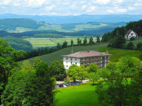 Bad Ramsach, Pension in Läufelfingen bei Aarburg
