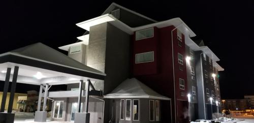 SureStay Plus Hotel by Best Western Lethbridge - Lethbridge, AB T1K 7M1
