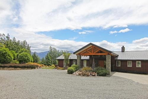 Amuri Estate Luxury Lodge - Accommodation - Hanmer Springs