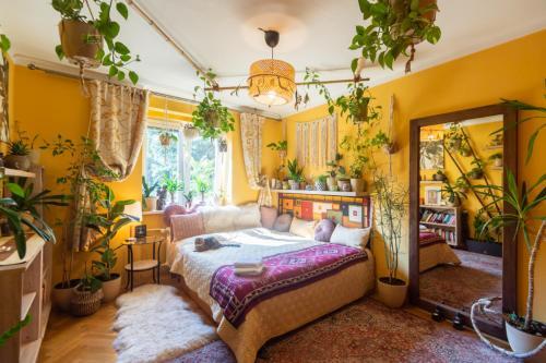 Lovely Room In Sweet Flat