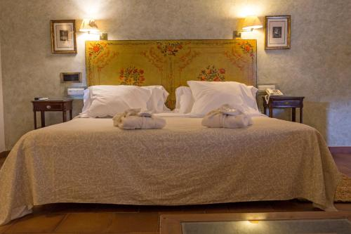 Suite Hotel Leonor de Aquitania 81