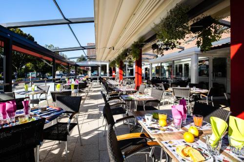 . Hotel-Restaurant Espace Squash 3000