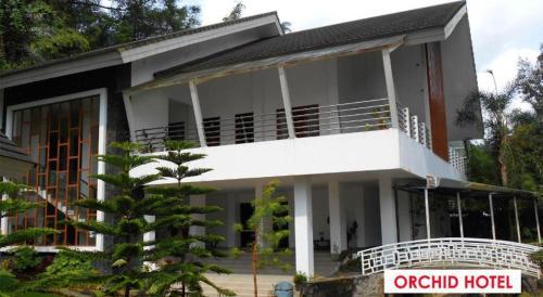 Jl. Raya Cipanas No.219, Sindanglaya
