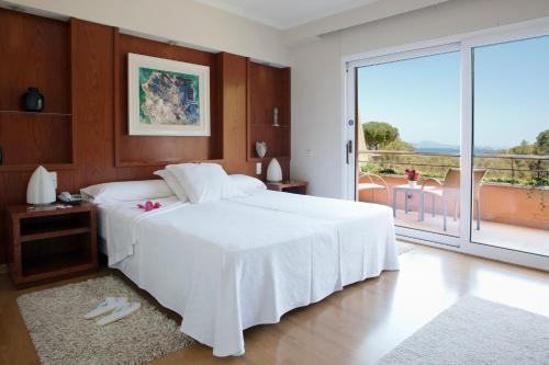 Superior Double Room with Garden or Pool View - single occupancy Hotel Sa Punta 4