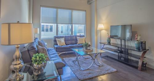 . Heaven in Midtown fully furnished apartments