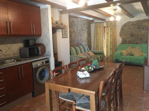 Apartamentos Ines - Apartment - Valdelinares