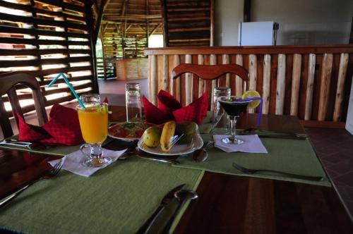 Kibale Guest Cottages, Kibale