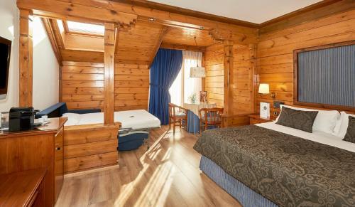 Family Room Hotel Grèvol Spa 5