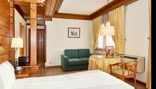 Superior Double or Twin Room - single occupancy Hotel Grèvol Spa 10