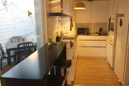 Joline private guest apartment downtown Nidau