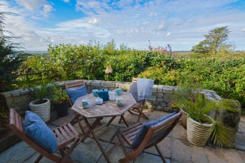 Limehead Cottage, Lanteglos, Cornwall
