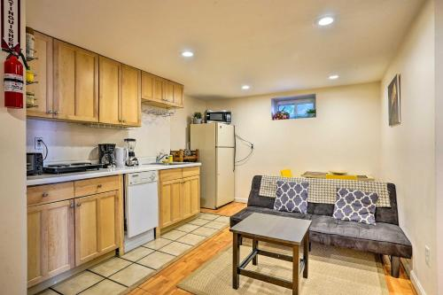 Quaint Retreat about 9 Mi to Boston Attractions - Apartment - Newton