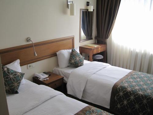 Avlonya Hotel