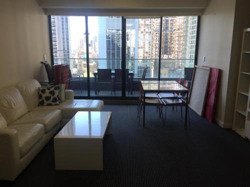 Large 2 Bedroom Apartment in World Square Sydney CBD - image 4