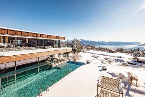 Alpine Spa Resort Sonnenberg Meransen