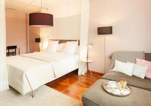 Suite - 2ª planta Hotel Boutique Villa Lorena by Charming Stay 6