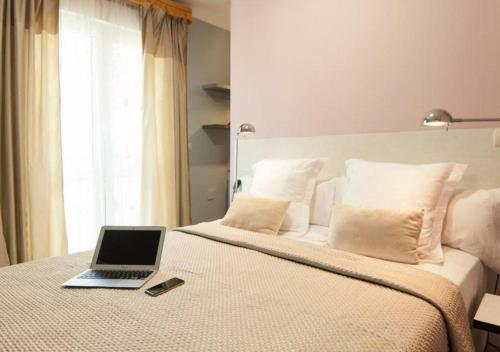 Habitación Doble con terraza - 1ª planta Hotel Boutique Villa Lorena by Charming Stay 7