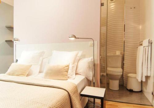 Habitación Doble con terraza - 1ª planta Hotel Boutique Villa Lorena by Charming Stay 6
