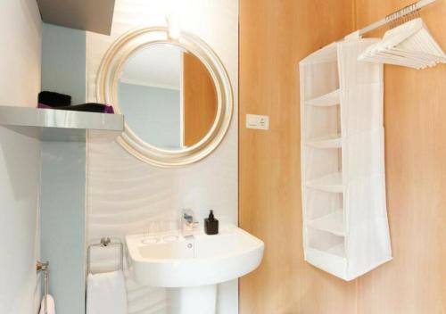 Habitación Doble con terraza - 1ª planta Hotel Boutique Villa Lorena by Charming Stay 4