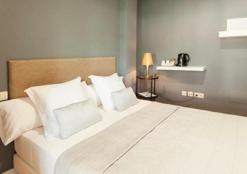Habitación Doble con balcón - 1 o 2 camas Hotel Boutique Villa Lorena by Charming Stay 13