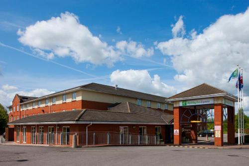 . Holiday Inn Express Gloucester - South, an IHG Hotel