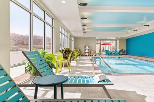 . Home2 Suites By Hilton Colorado Springs South, Co