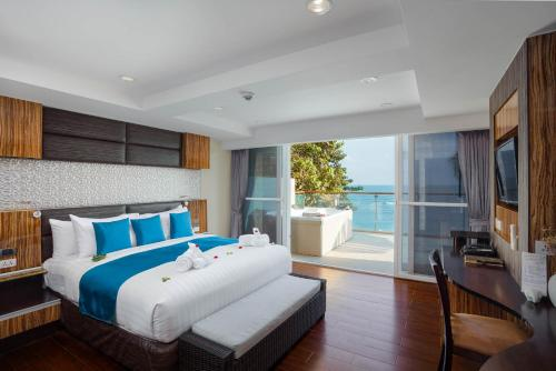 2 bedroom Spa Bath Seaview Suite