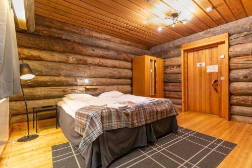 Twin Room with Shared Bathroom -63- Johka