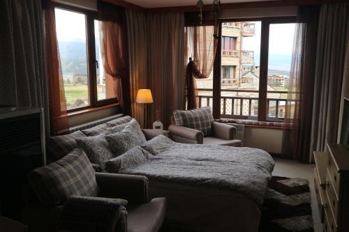 Pirin Golf White Apartments Bansko