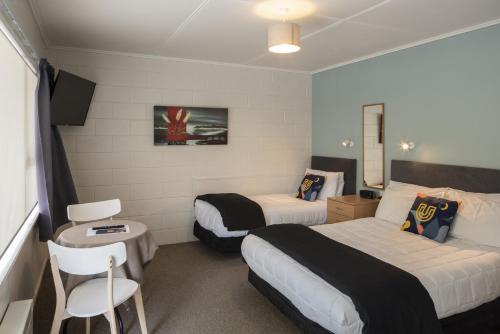 U Studios Masterton - Accommodation