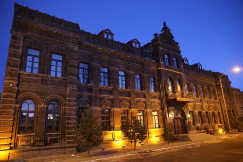 . Cheltikov Hotel
