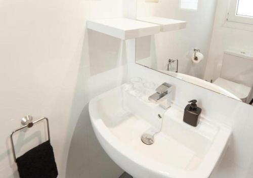 Habitación Doble con balcón - 1 o 2 camas Hotel Boutique Villa Lorena by Charming Stay 29