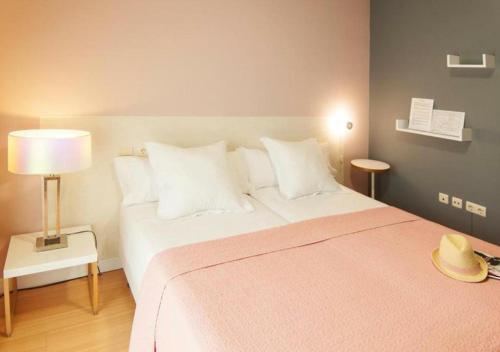 Habitación Doble con balcón - 1 o 2 camas Hotel Boutique Villa Lorena by Charming Stay 32