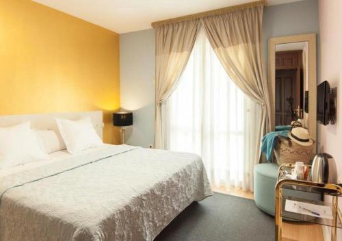 Habitación Doble con balcón - 1 o 2 camas Hotel Boutique Villa Lorena by Charming Stay 4