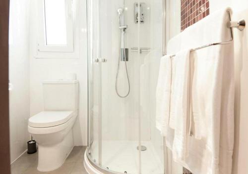 Habitación Doble con balcón - 1 o 2 camas Hotel Boutique Villa Lorena by Charming Stay 1
