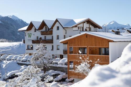 Фото отеля Familienhotel Wiesenheim