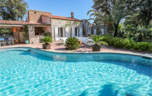 Amazing home in Montegrosso w/ Outdoor swimming pool WiFi and 3 Bedrooms
