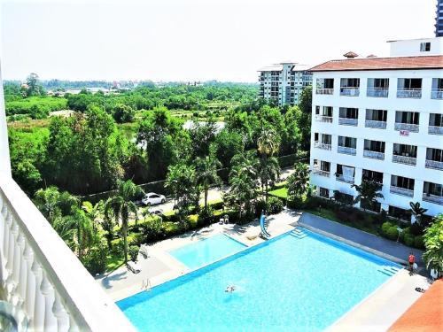 Pool view apartment Pool view apartment