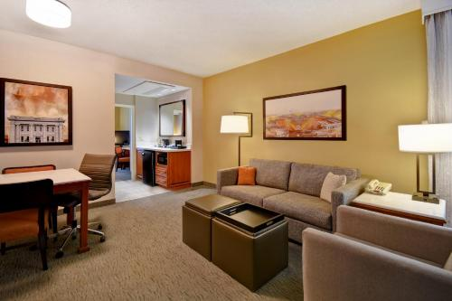 Embassy Suites Little Rock - Little Rock, AR AR 72211