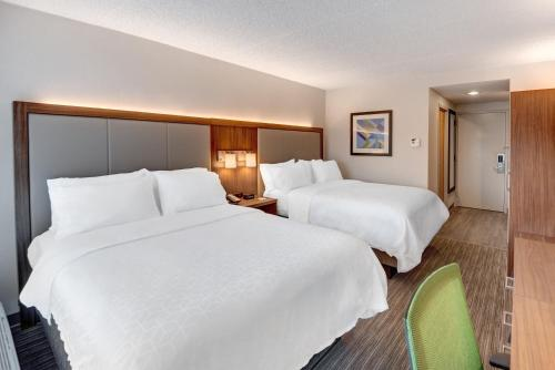 Holiday Inn Express & Suites West Long Branch - Eatontown - West Long Branch, NJ NJ 07764
