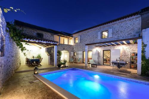 Villa Dvori - Accommodation - Nin