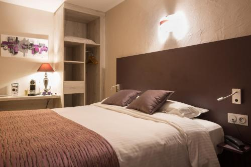 Photo - Logis Hotel Le Petit Casset
