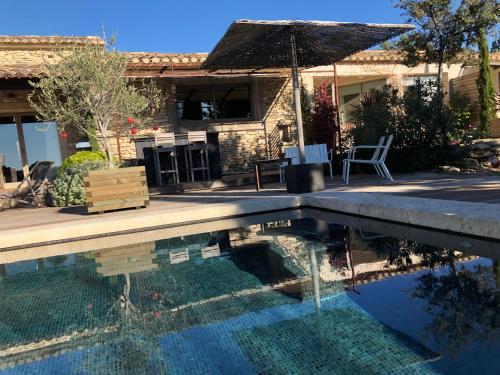 . Villa Cabrida