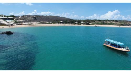 . Bremer Island Banubanu Beach Retreat