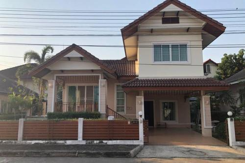 3 bedroom house on road near maejo university 3 bedroom house on road near maejo university