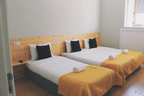 . inDouro Hostel & Wine Bar