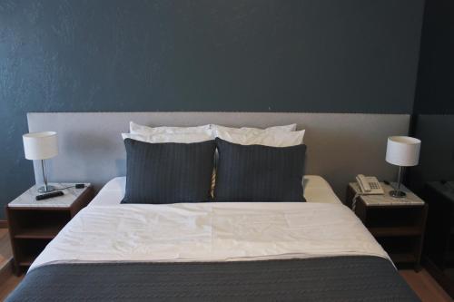 Фото отеля Rayentray Hotel
